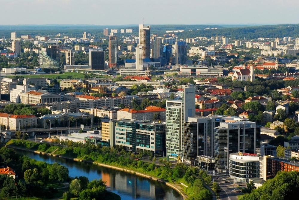 Екскурзия до Варшава и Прибалтика със самолет